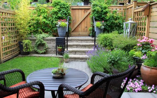 How to build a robust spring garden